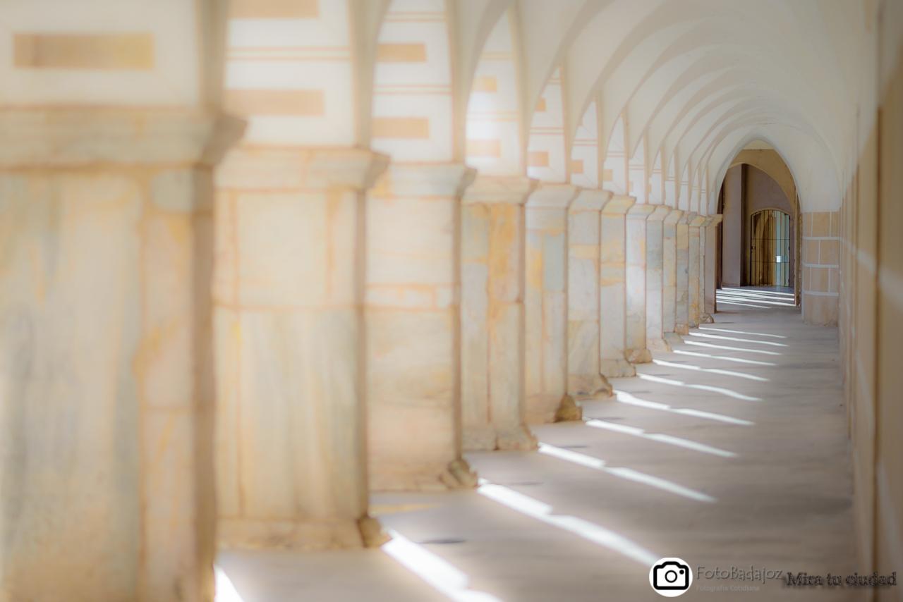 portales de la plaza alta de Badajoz
