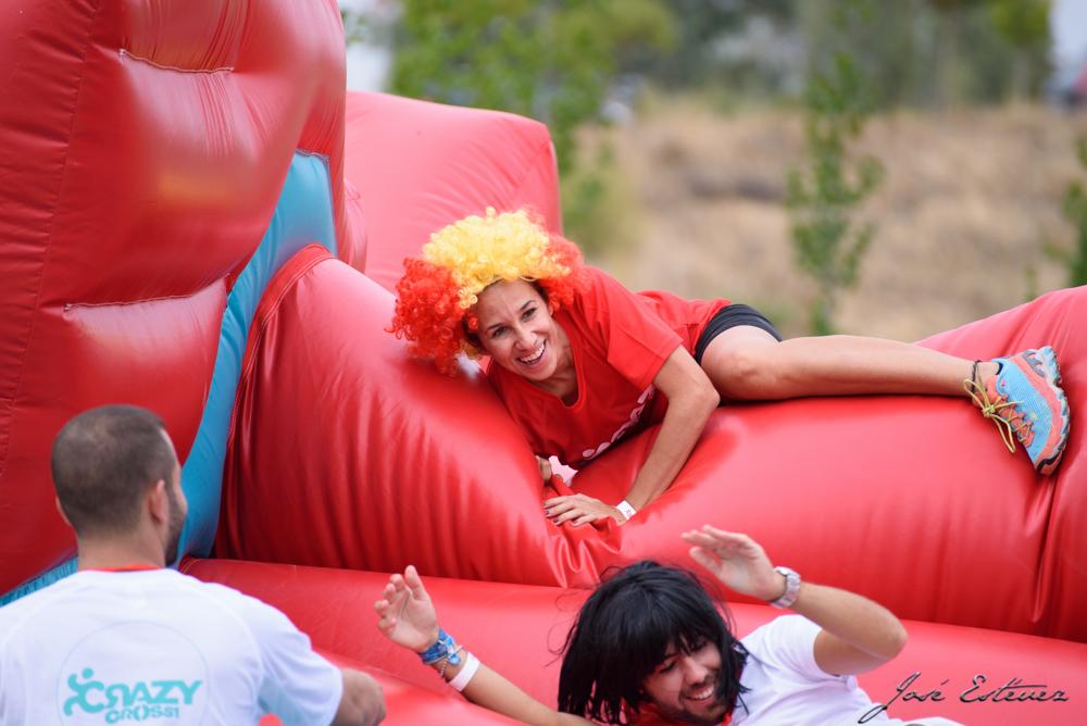 Fotos de la primera carrera de obstáculos hinchables de Europa celebrada en Badajoz