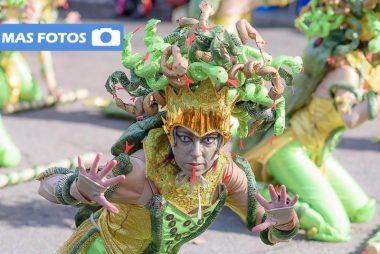 Carnaval de Badajoz 2016, fotos del desfile del Domingo
